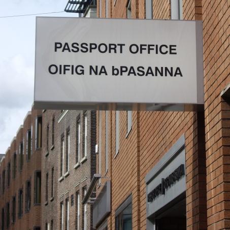 Oifig na bpasanna-Passport Office Dublin
